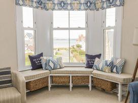 1st Floor Flat at Wylfa - Anglesey - 993469 - thumbnail photo 5