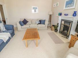 1st Floor Flat at Wylfa - Anglesey - 993469 - thumbnail photo 8