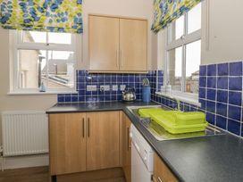 1st Floor Flat at Wylfa - Anglesey - 993469 - thumbnail photo 9
