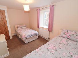 Hazel Cottage - Whitby & North Yorkshire - 993510 - thumbnail photo 11