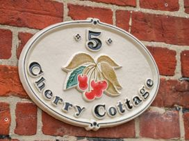 Cherry Cottage - Norfolk - 993613 - thumbnail photo 3