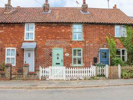Cherry Cottage - Norfolk - 993613 - thumbnail photo 1