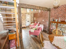 Cherry Cottage - Norfolk - 993613 - thumbnail photo 10