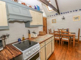 Heather Cottage - South Wales - 993726 - thumbnail photo 10