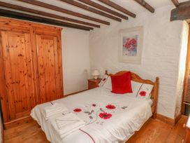 Heather Cottage - South Wales - 993726 - thumbnail photo 11