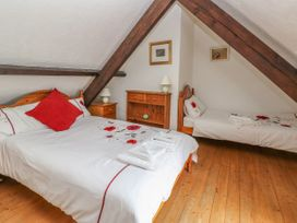 Heather Cottage - South Wales - 993726 - thumbnail photo 17