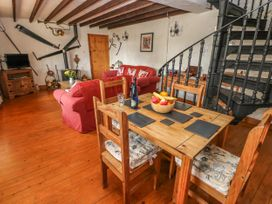 Primose Cottage - South Wales - 993728 - thumbnail photo 4