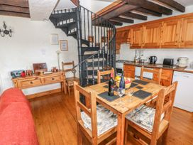 Primose Cottage - South Wales - 993728 - thumbnail photo 5