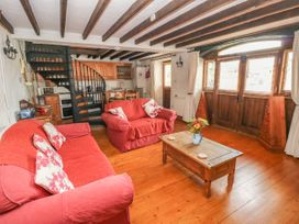 Primose Cottage - South Wales - 993728 - thumbnail photo 7