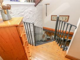 Primose Cottage - South Wales - 993728 - thumbnail photo 12