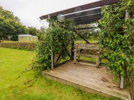 Shepherds Hut - The Crook - South Wales - 993729 - thumbnail photo 19