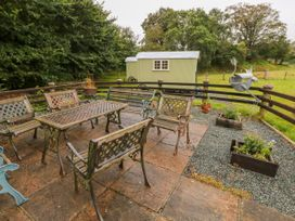 Shepherds Hut - The Crook - South Wales - 993729 - thumbnail photo 21