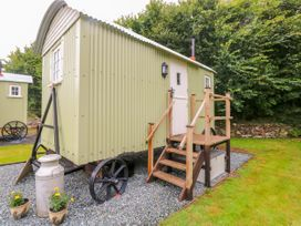 Shepherds Hut - The Crook - South Wales - 993729 - thumbnail photo 4