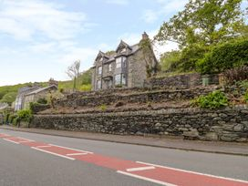 Bryn Goleu - North Wales - 993803 - thumbnail photo 3