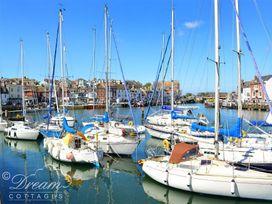 Azure Apartment - Dorset - 993969 - thumbnail photo 15