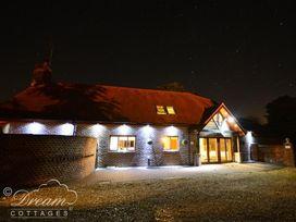 Baytree Lodge - Dorset - 993982 - thumbnail photo 3