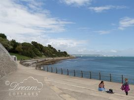 Bayview Apartment - Dorset - 993983 - thumbnail photo 13