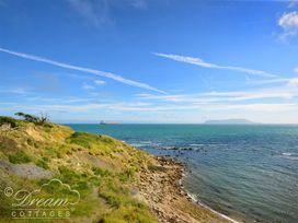 Sea Breeze - Dorset - 994026 - thumbnail photo 17