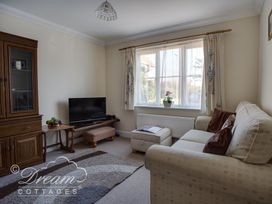 Bridge Apartment - Dorset - 994034 - thumbnail photo 3