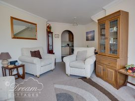 Bridge Apartment - Dorset - 994034 - thumbnail photo 5