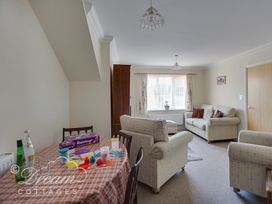 Bridge Apartment - Dorset - 994034 - thumbnail photo 6
