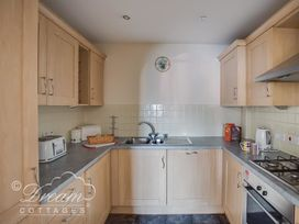 Bridge Apartment - Dorset - 994034 - thumbnail photo 8