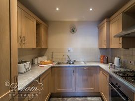 Bridge Apartment - Dorset - 994034 - thumbnail photo 9