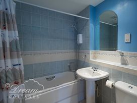 Bridge Apartment - Dorset - 994034 - thumbnail photo 14