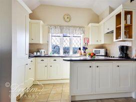 Frome Lodge House - Dorset - 994210 - thumbnail photo 4