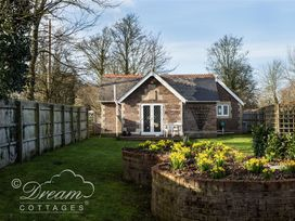 Frome Lodge House - Dorset - 994210 - thumbnail photo 11