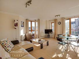 Harbourside Apartment - Dorset - 994242 - thumbnail photo 2