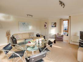 Harbourside Apartment - Dorset - 994242 - thumbnail photo 3