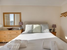 Harbourside Apartment - Dorset - 994242 - thumbnail photo 11