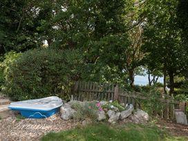 Harbour View Bungalow - Dorset - 994244 - thumbnail photo 10