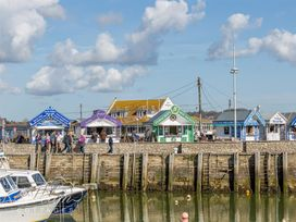 Harbour View Apartment - Dorset - 994286 - thumbnail photo 15