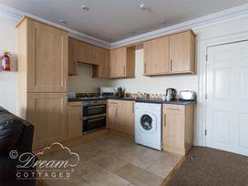 Harbour Watch Apartment 1 - Dorset - 994289 - thumbnail photo 4