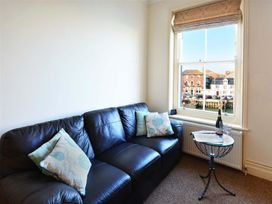 Harbour Watch Apartment 6 - Dorset - 994293 - thumbnail photo 5
