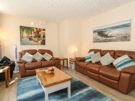 Old Malthouse Apartment - Dorset - 994486 - thumbnail photo 2