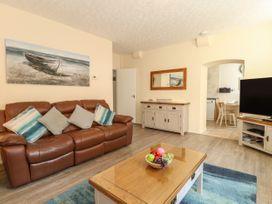 Old Malthouse Apartment - Dorset - 994486 - thumbnail photo 5