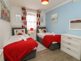 Old Malthouse Apartment - Dorset - 994486 - thumbnail photo 10