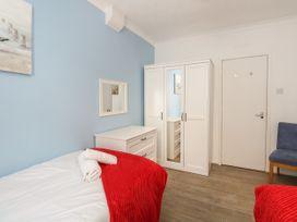 Old Malthouse Apartment - Dorset - 994486 - thumbnail photo 11