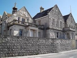 The Old Portland Courthouse - Dorset - 994487 - thumbnail photo 1