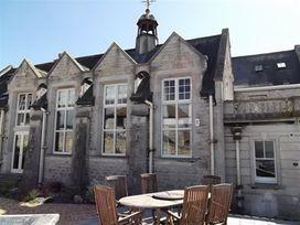 The Old Portland Courthouse - Dorset - 994487 - thumbnail photo 2