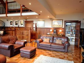 The Old Portland Courthouse - Dorset - 994487 - thumbnail photo 8