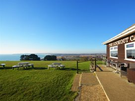 Outlook Lodge - Dorset - 994500 - thumbnail photo 28