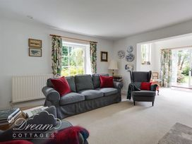 The Old Post Office Cottage - Dorset - 994562 - thumbnail photo 4