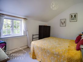 The Old Post Office Cottage - Dorset - 994562 - thumbnail photo 19