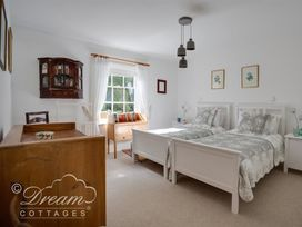 The Old Post Office Cottage - Dorset - 994562 - thumbnail photo 22