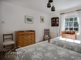 The Old Post Office Cottage - Dorset - 994562 - thumbnail photo 23