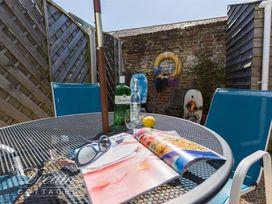 Seaholme - Dorset - 994636 - thumbnail photo 17